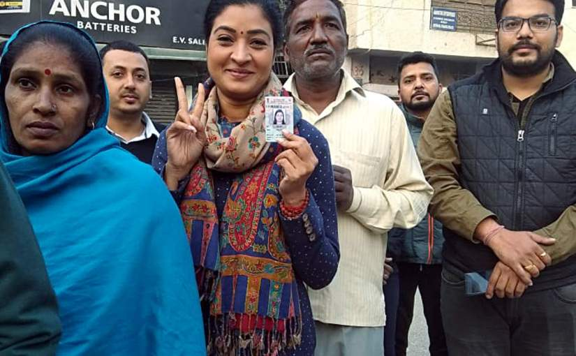 अलका लांबा ने AAP कार्यकर्ता को थप्पड़मारा